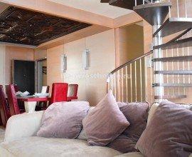 Эксклюзивная двухуровневая квартира в Кампионе д'Италия