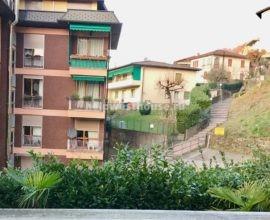 Просторная 3-х комнатная квартира с камином в Кампионе Д' Италия